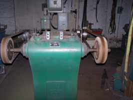Hammond Dual motor variable speed buffer